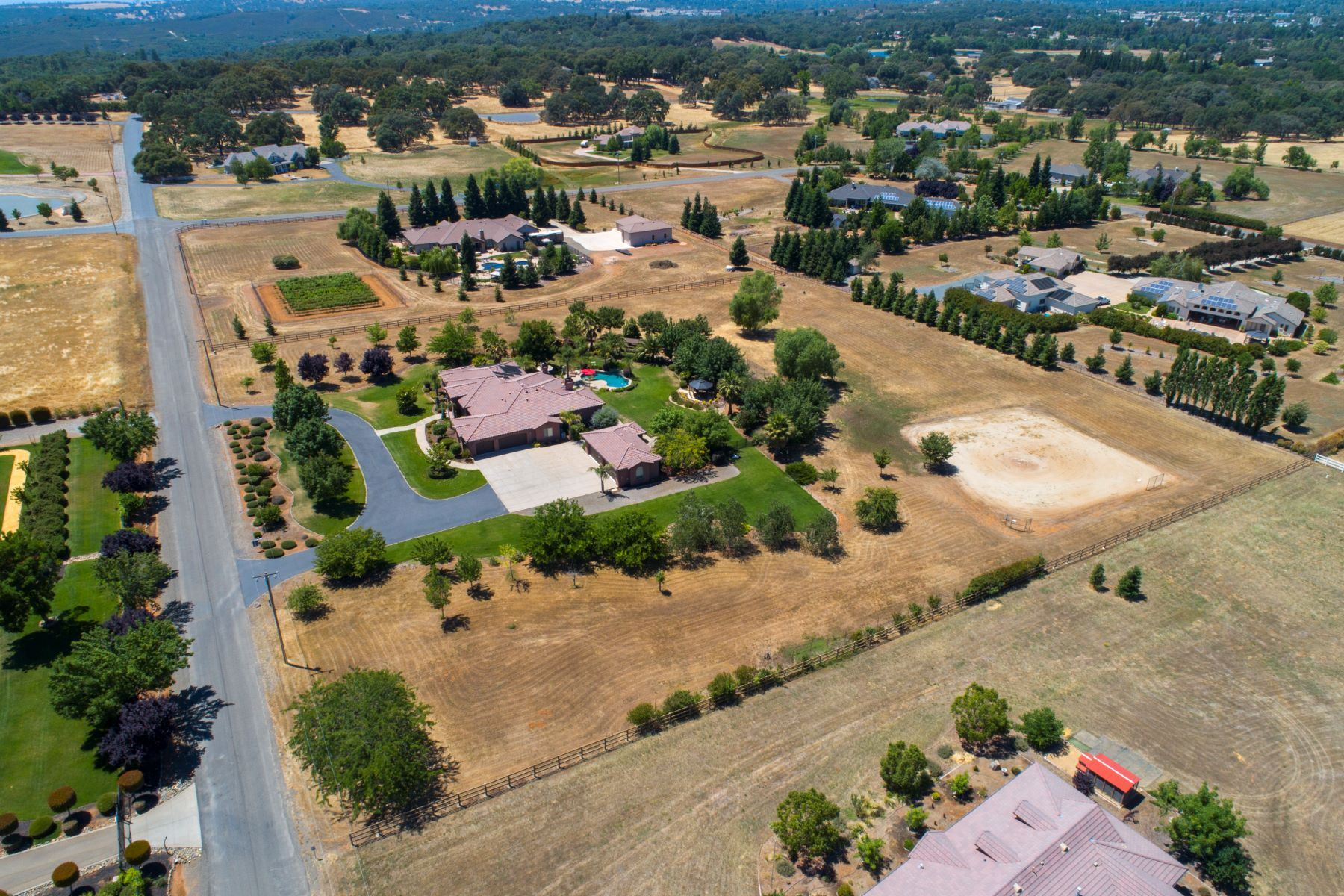 Single Family Home for Active at 5040 Milton Ranch Road, Shingle Springs CA 95682 5040 Milton Ranch Rd. Shingle Springs, California 95682 United States