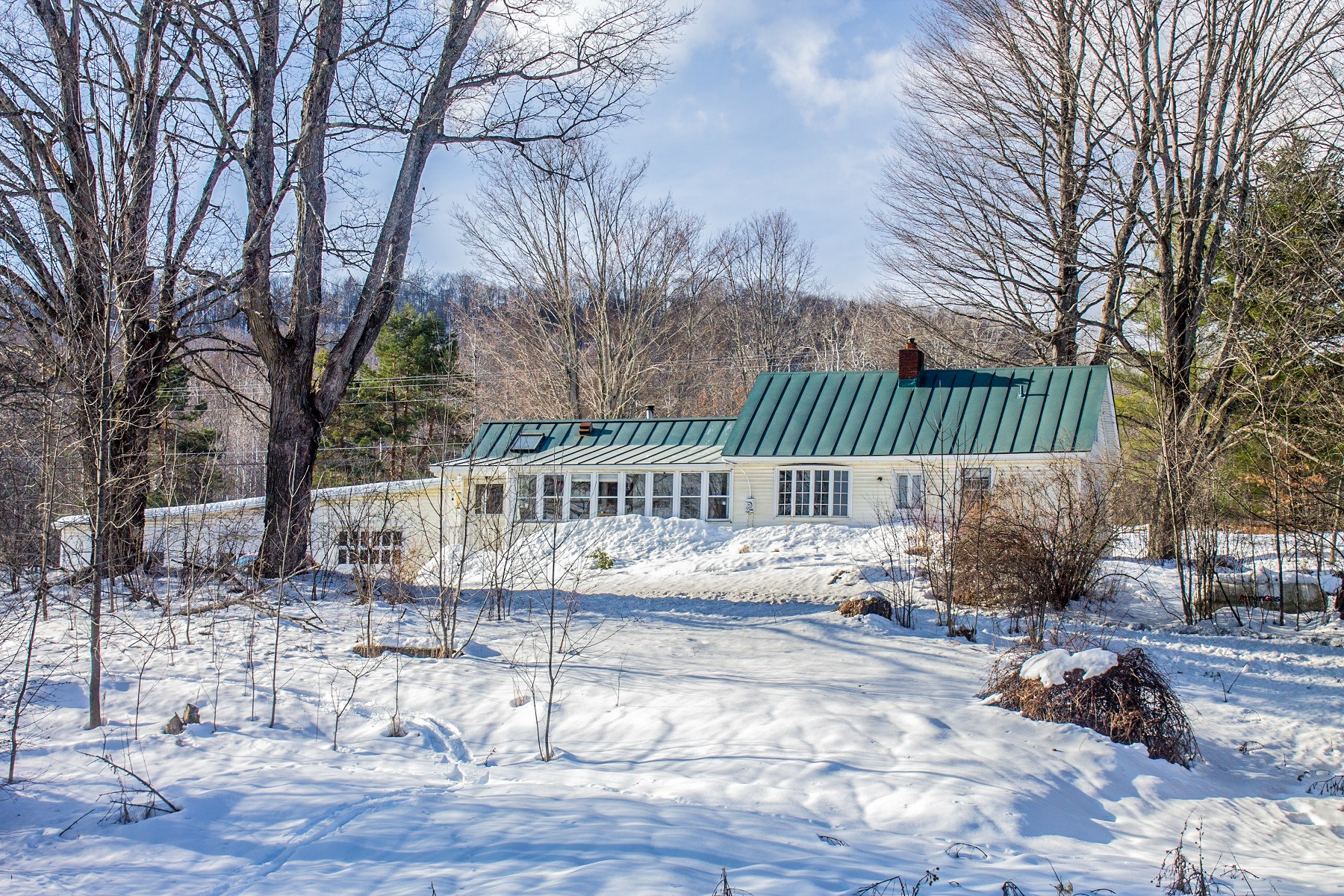 Single Family Home for Sale at Three Bedroom Cape in Williamstown on 43 Acres 604 Rood Pond Rd Williamstown, Vermont 05679 United States