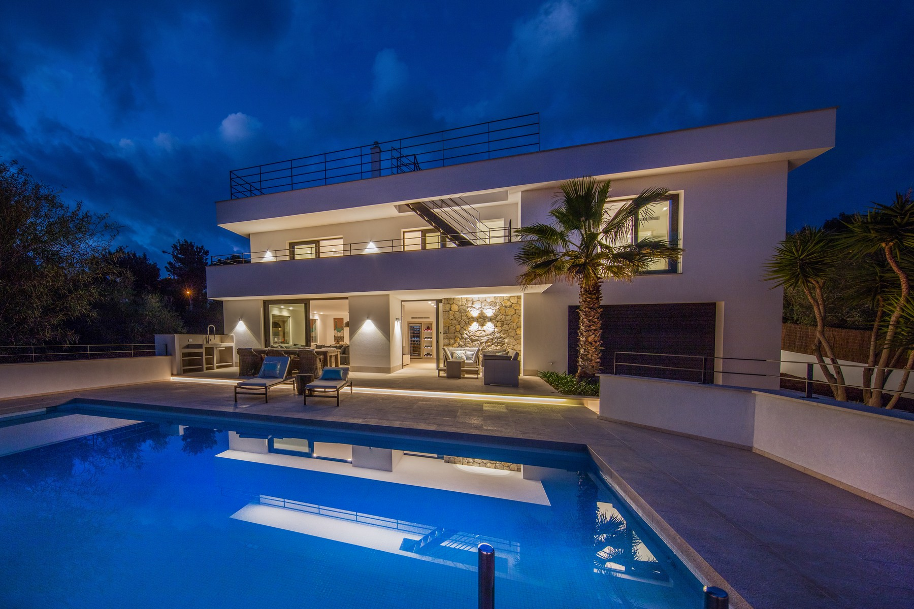 Single Family Home for Sale at Mediterranean Villa in Santa Ponsa Santa Ponsa, Mallorca, Spain