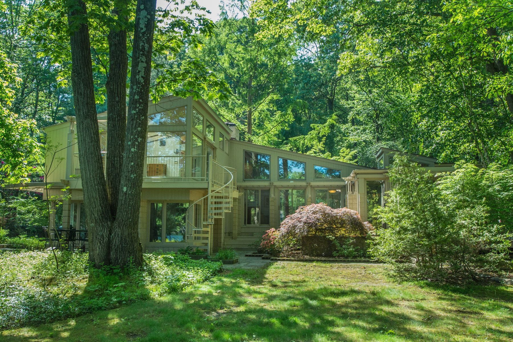 Single Family Homes for Sale at Lakefront Property 34 W Shore Road Mountain Lakes, New Jersey 07046 United States