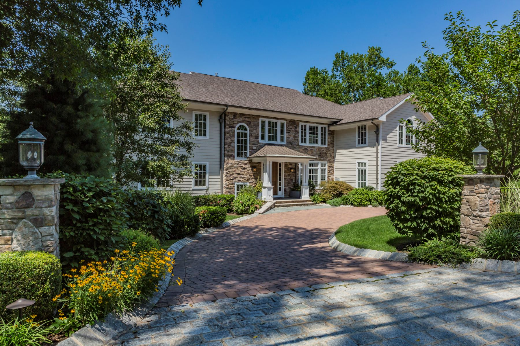 Single Family Home for Sale at Showhouse-Style Luxury in an Edgerstoune Enclave 53 Hun Road, Princeton, New Jersey 08540 United StatesMunicipality: Princeton