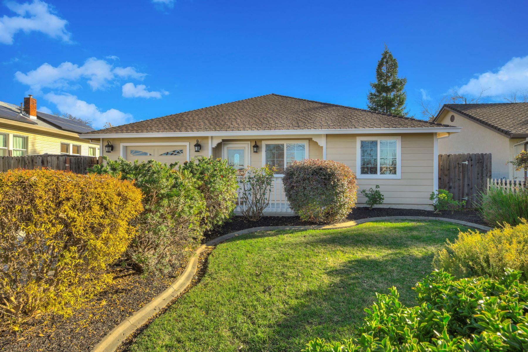 Casa Unifamiliar por un Venta en 850 Shearer Street, Roseville, CA 95678 850 Shearer Street Roseville, California 95678 Estados Unidos