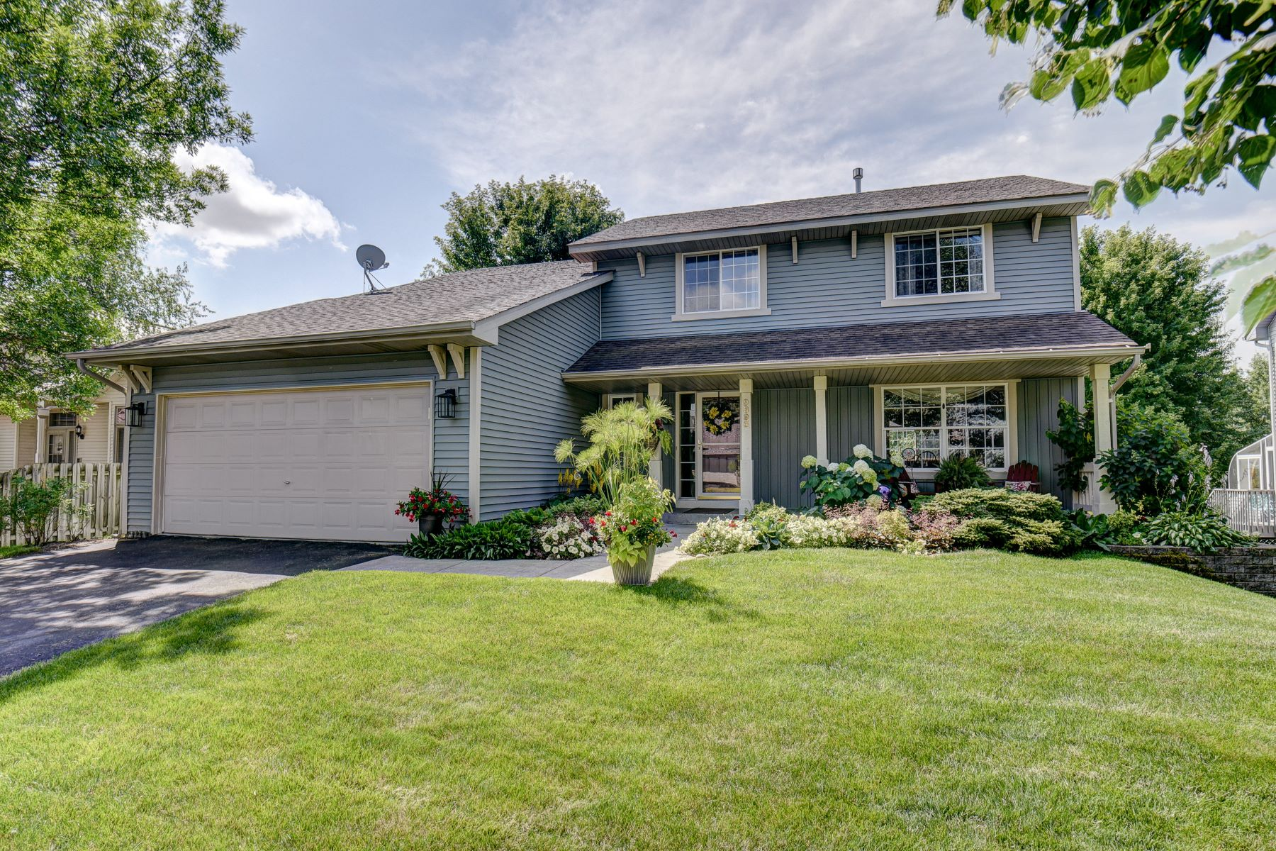 Single Family Homes for Sale at 9893 74th Street S Cottage Grove, Minnesota 55016 United States