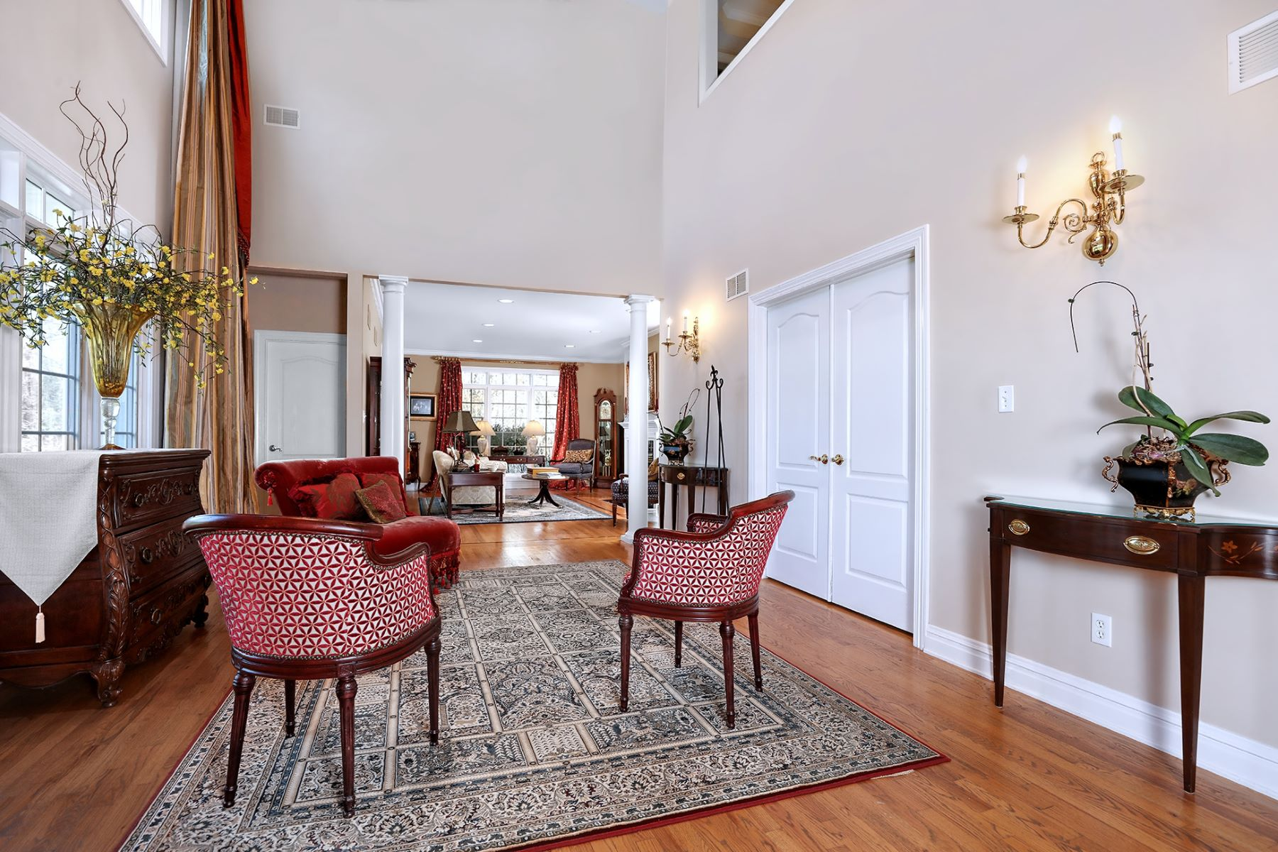 Additional photo for property listing at Welcome To This Oasis Of Beautiful Living! 7 Coach Lane, Lambertville, New Jersey 08530 United States
