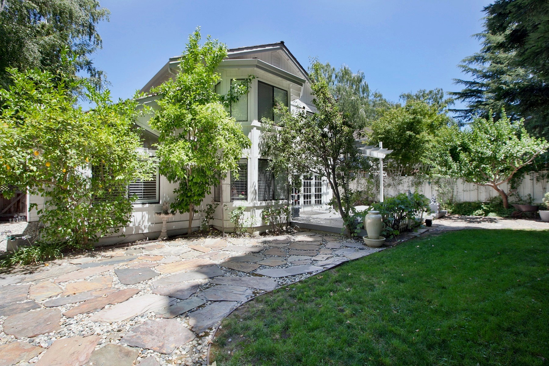 Additional photo for property listing at Wonderful Family Home In Blackhawk 500 Buttonwood Drive Danville, California 94506 Estados Unidos