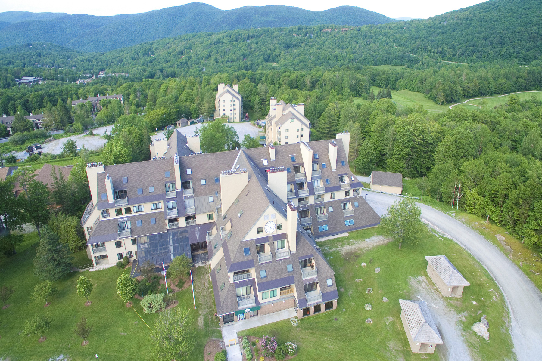 Condominiums for Sale at 133 East Mountain Road 3D3, Killington 133 East Mountain Rd 3D3 Killington, Vermont 05751 United States
