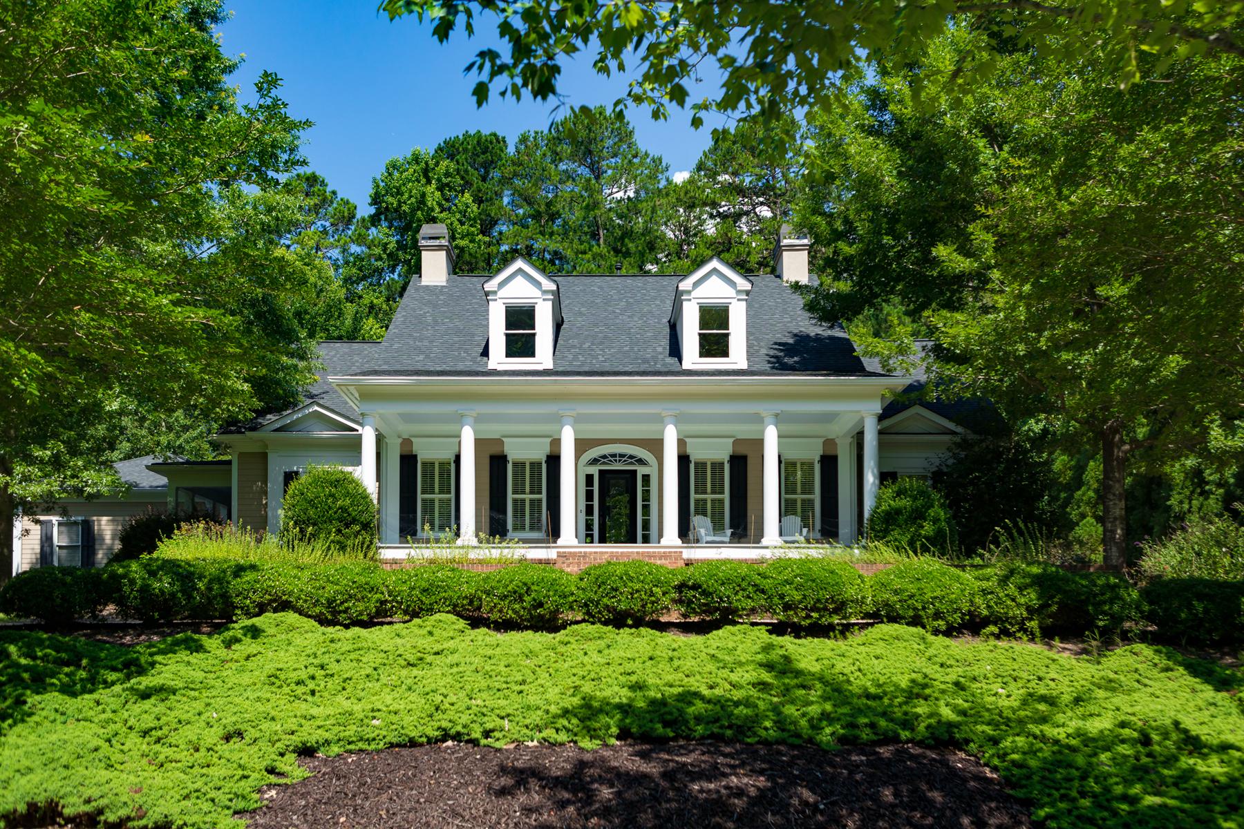 一戸建て のために 売買 アット CUSTOM HIGHGROVE HOME WITH MASTER ON MAIN, FINISHED BASEMENT & 4+ CAR GARAGE 210 Old Ivy Fayetteville, ジョージア 30215 アメリカ合衆国