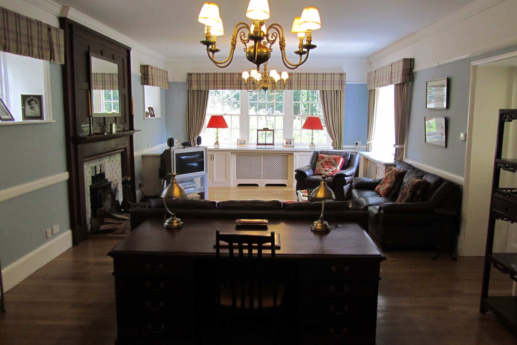 Additional photo for property listing at Castle Top House Castle Hill Lane Burley, England BH24 4HG United Kingdom