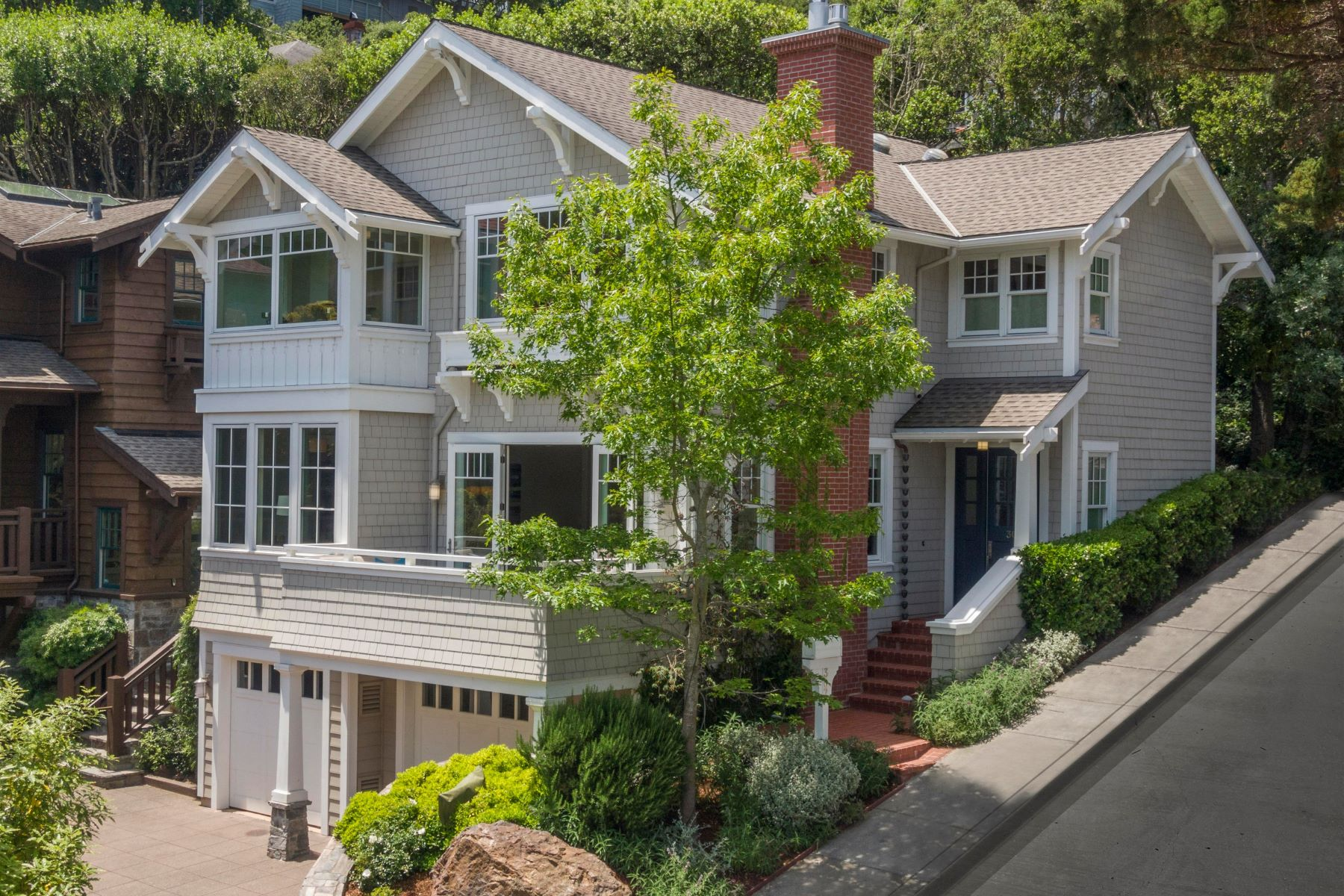 Single Family Homes for Sale at Stunning Newer Construction in Sausalito 307 South Street, Sausalito, California 94965 United States