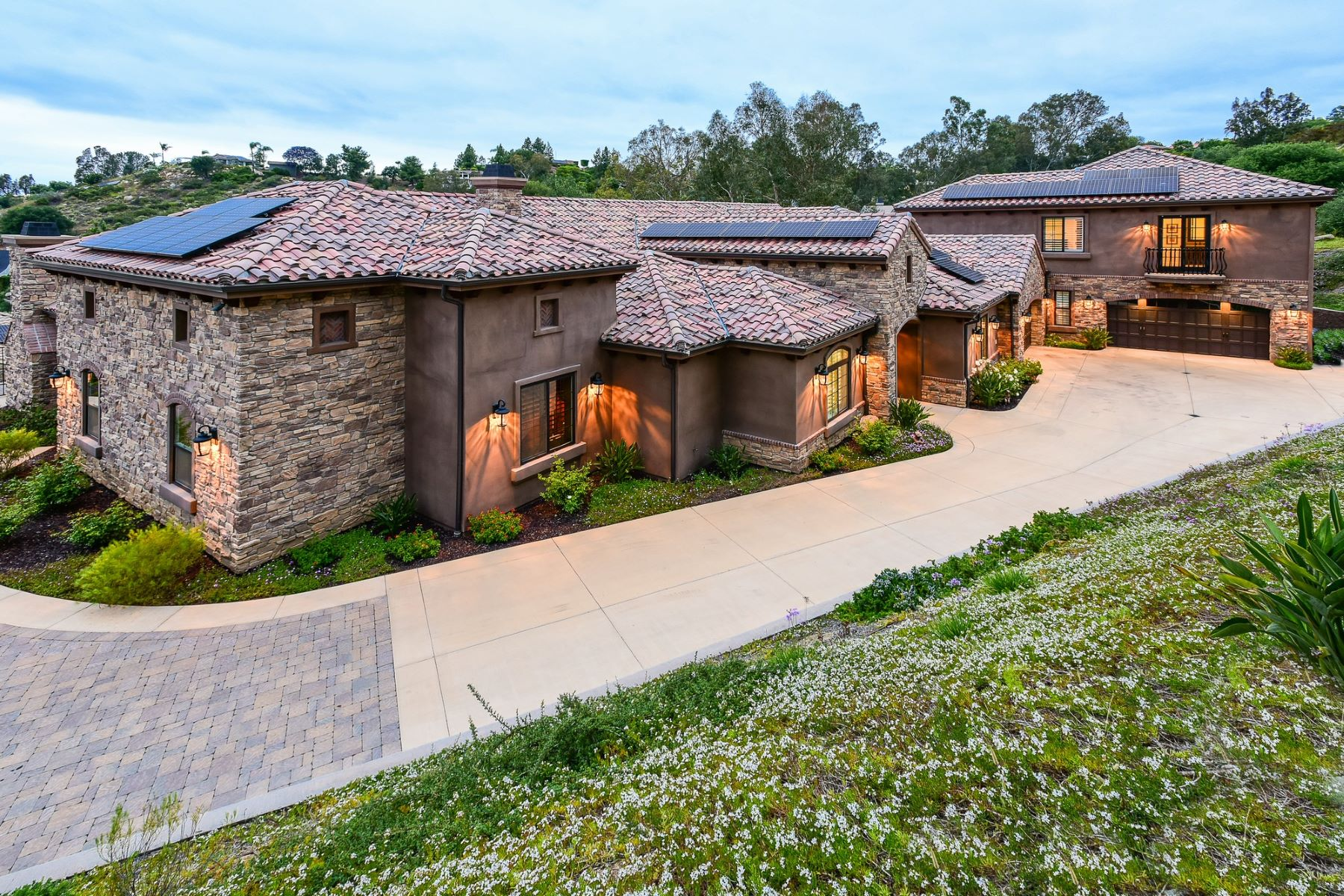 Single Family Homes for Sale at 15715 Bowl Creek Road Poway, California 92064 United States