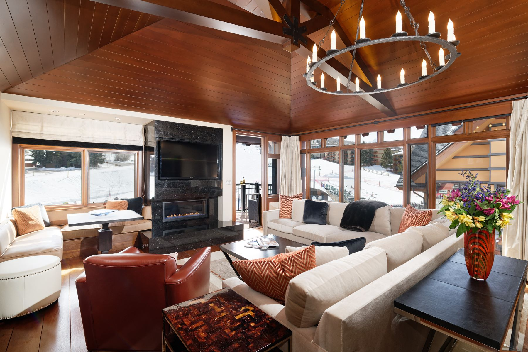Condominium for Sale at Capitol Peak 3402 110 Carriage Way 3402, Snowmass Village, Colorado, 81615 United States