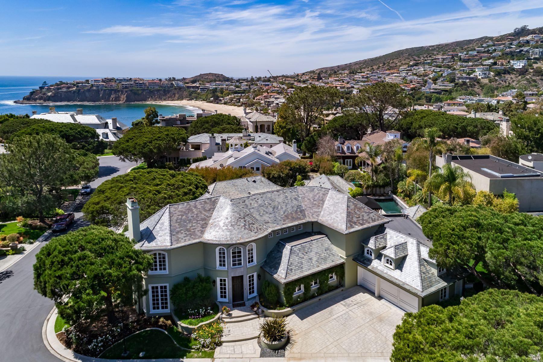 Single Family Homes por un Venta en The Beach Compound 40 Smithcliffs Road Laguna Beach, California 92651 Estados Unidos