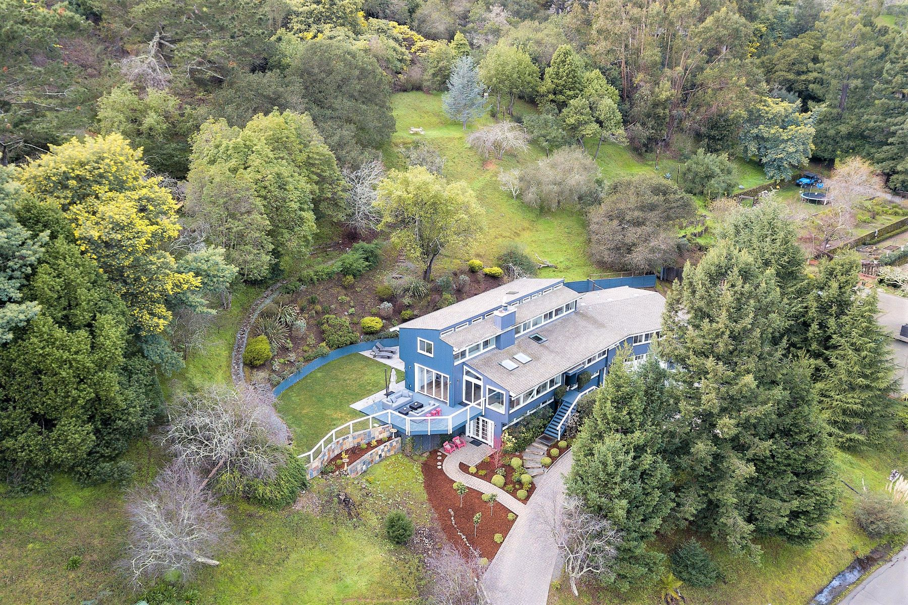 Single Family Homes for Active at Spectacular Updated Home with Views 35 Main Drive San Rafael, California 94901 United States