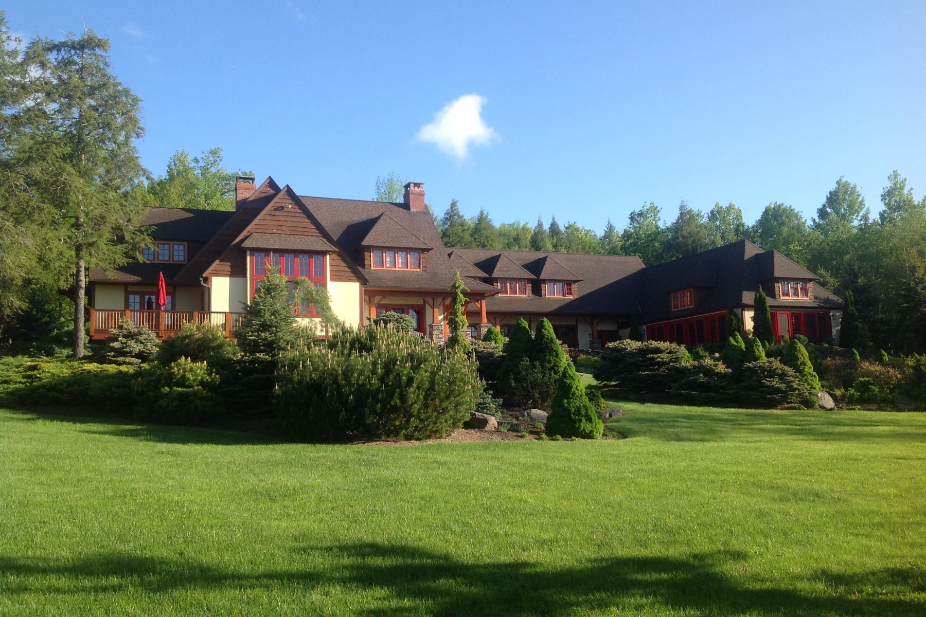 Single Family Home for Sale at Hunter Mountain Retreat 54 Blackberry Dr. Jewett, New York 12444 United States