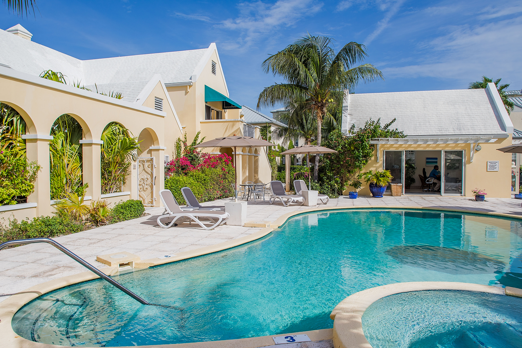 Additional photo for property listing at Reef Residences Reef Residences Grace Bay, Providenciales TKCA 1ZZ Îles Turques Et Caïques