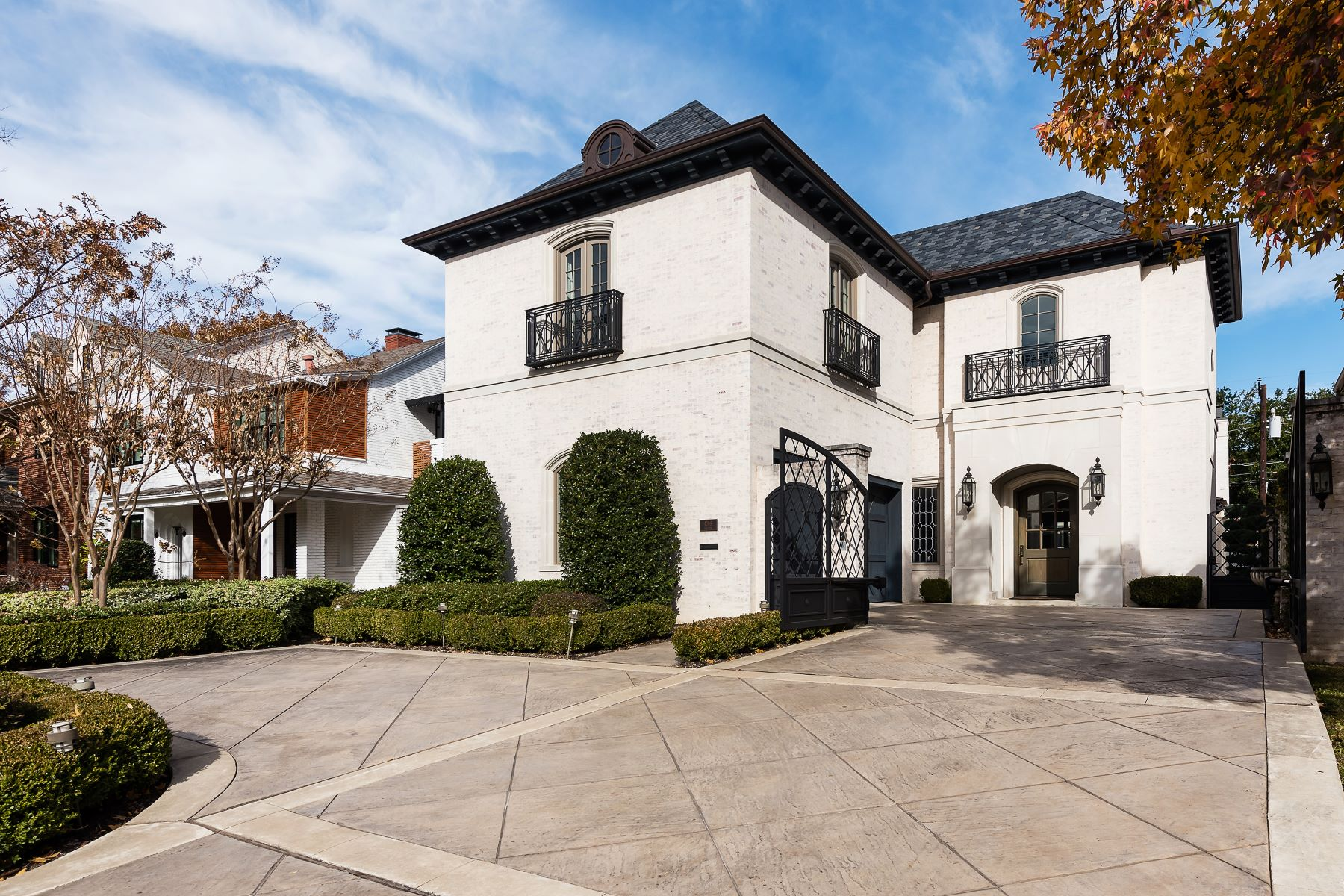 Single Family Homes for Active at Lovely Highland Park French Inspired Transitional 4316 Potomac Avenue Highland Park, Texas 75205 United States
