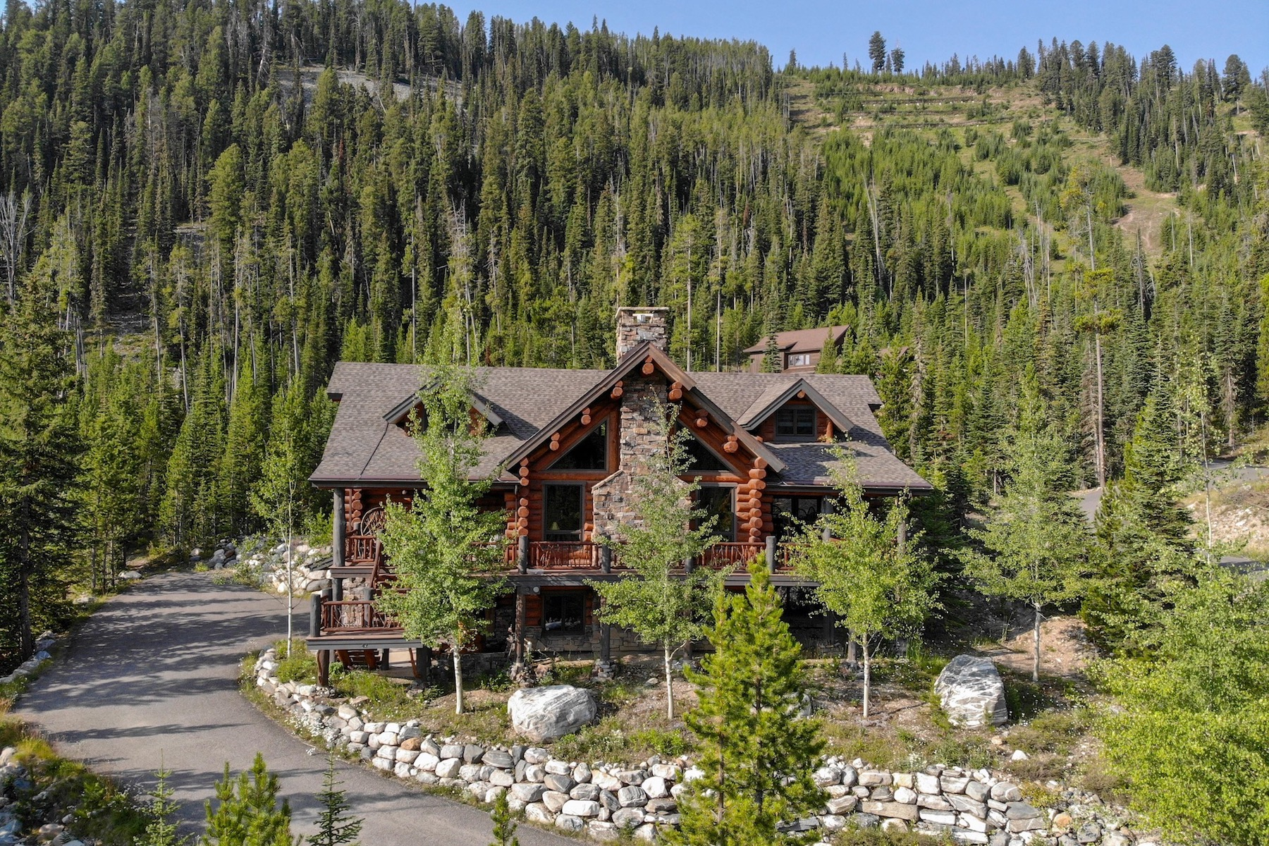 Single Family Homes por un Venta en Souvenirs Lodge 42 Low Dog Road Big Sky, Montana 59716 Estados Unidos