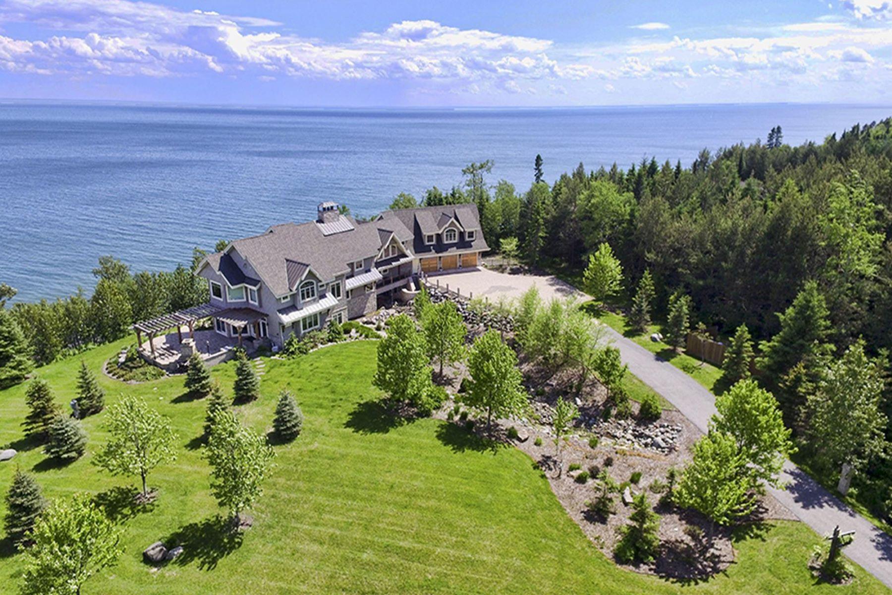 獨棟家庭住宅 為 出售 在 908 W Bay Road Two Harbors, 明尼蘇達州, 55616 美國