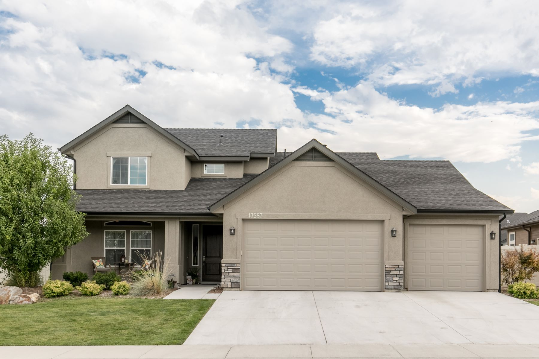 Single Family Homes for Active at 13557 Signorello St, Caldwell 13557 Signorello St Caldwell, Idaho 83607 United States