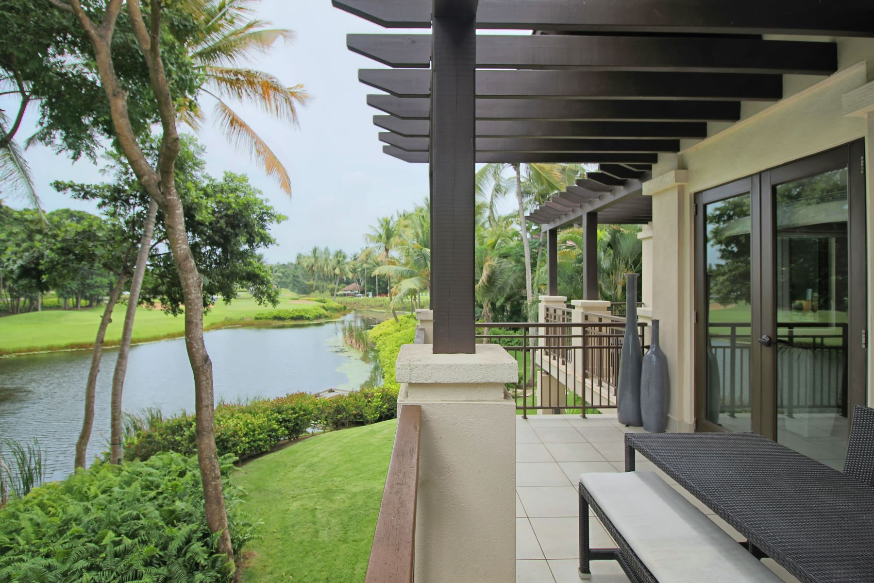 Additional photo for property listing at Lakefront with Golf Views Villa State Rd. 187, Km. 4.2 Apt. 1206 Bahia Beach, Puerto Rico 00745 Пуэрто-Рико