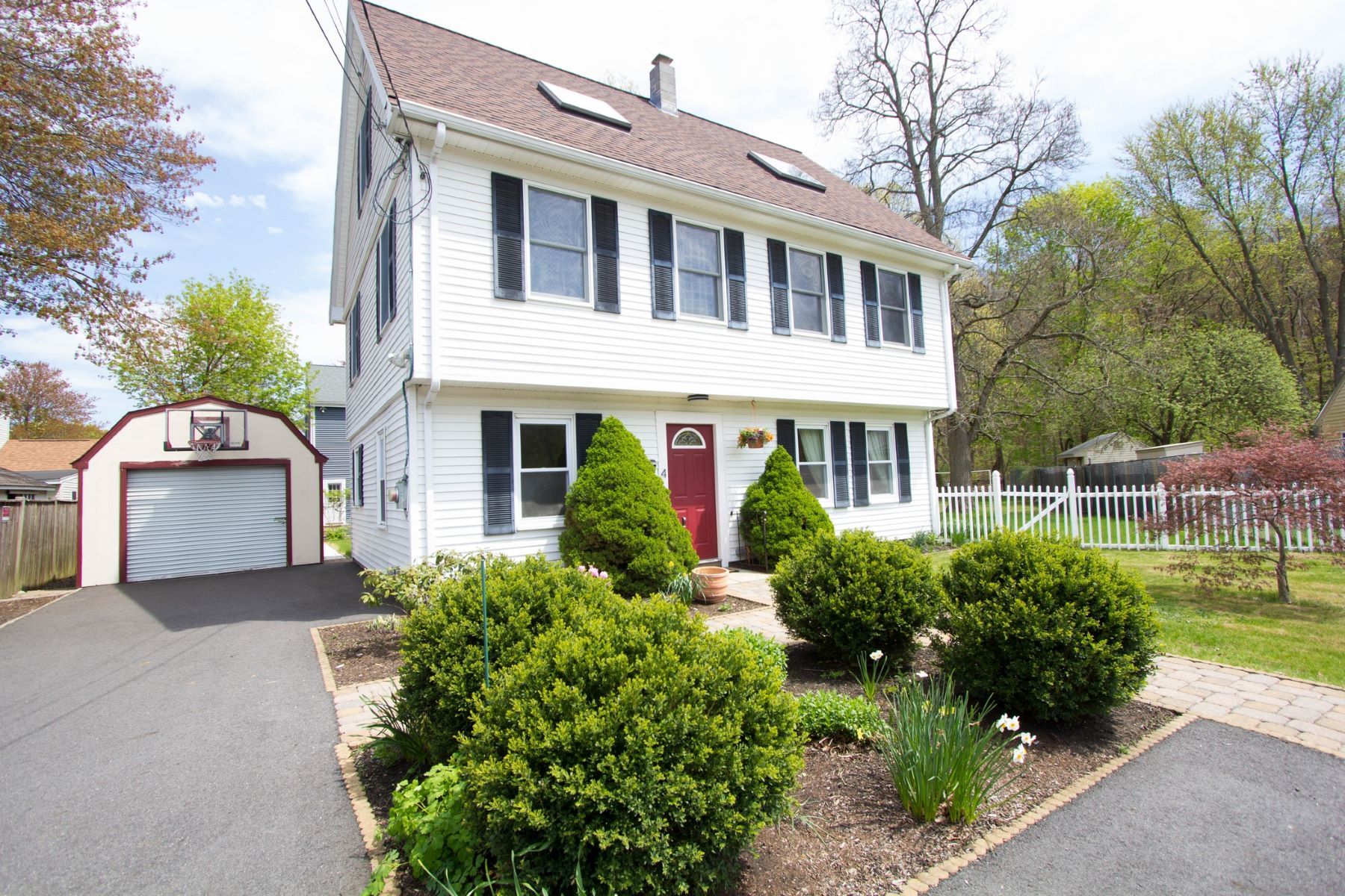 Single Family Home for Active at 4 Bellevue Ter, Maynard 4 Bellevue Ter Maynard, Massachusetts 01754 United States
