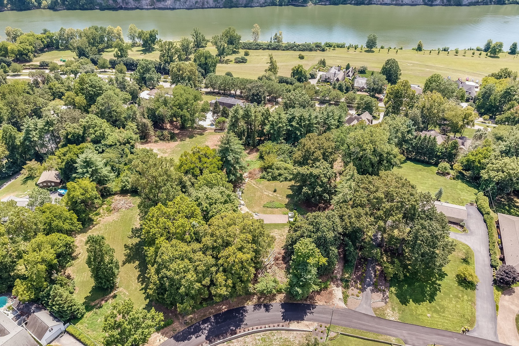 Land for Active at Sequoyah Hills Lots 3904 Wilani Road Knoxville, Tennessee 37919 United States