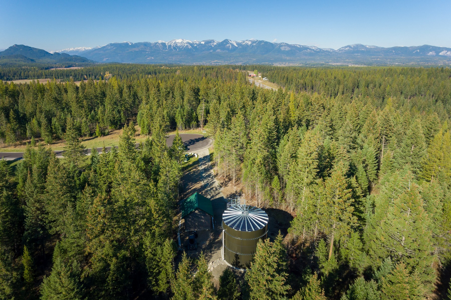 Additional photo for property listing at 1131 Whitefish Village Dr , Whitefish, MT 59937 1131  Whitefish Village Dr Whitefish, Montana 59937 United States