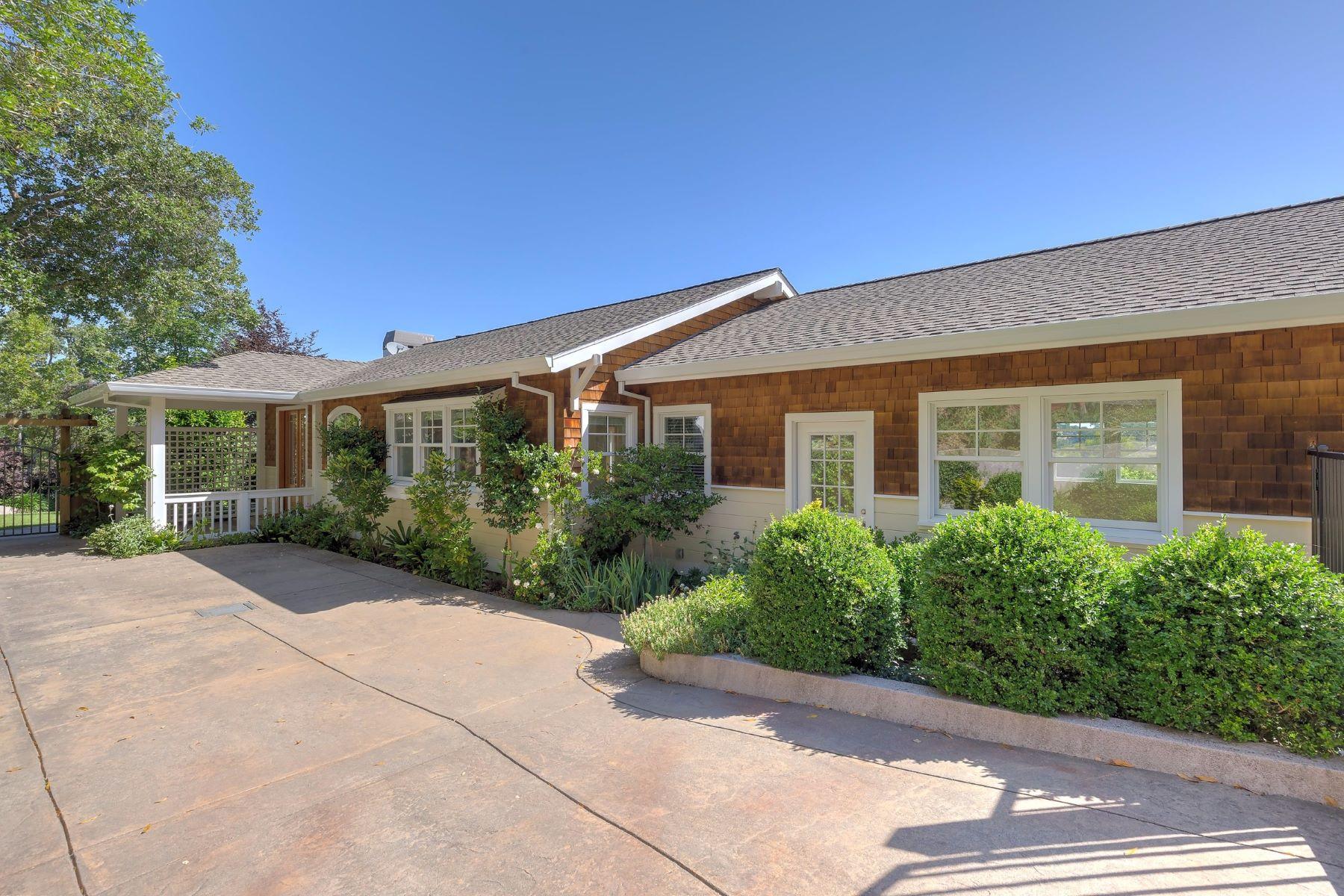 Maison unifamiliale pour l Vente à 30 Sunny Oak Drive 30 Sunny Oaks Drive San Rafael, Californie 94903 États-Unis