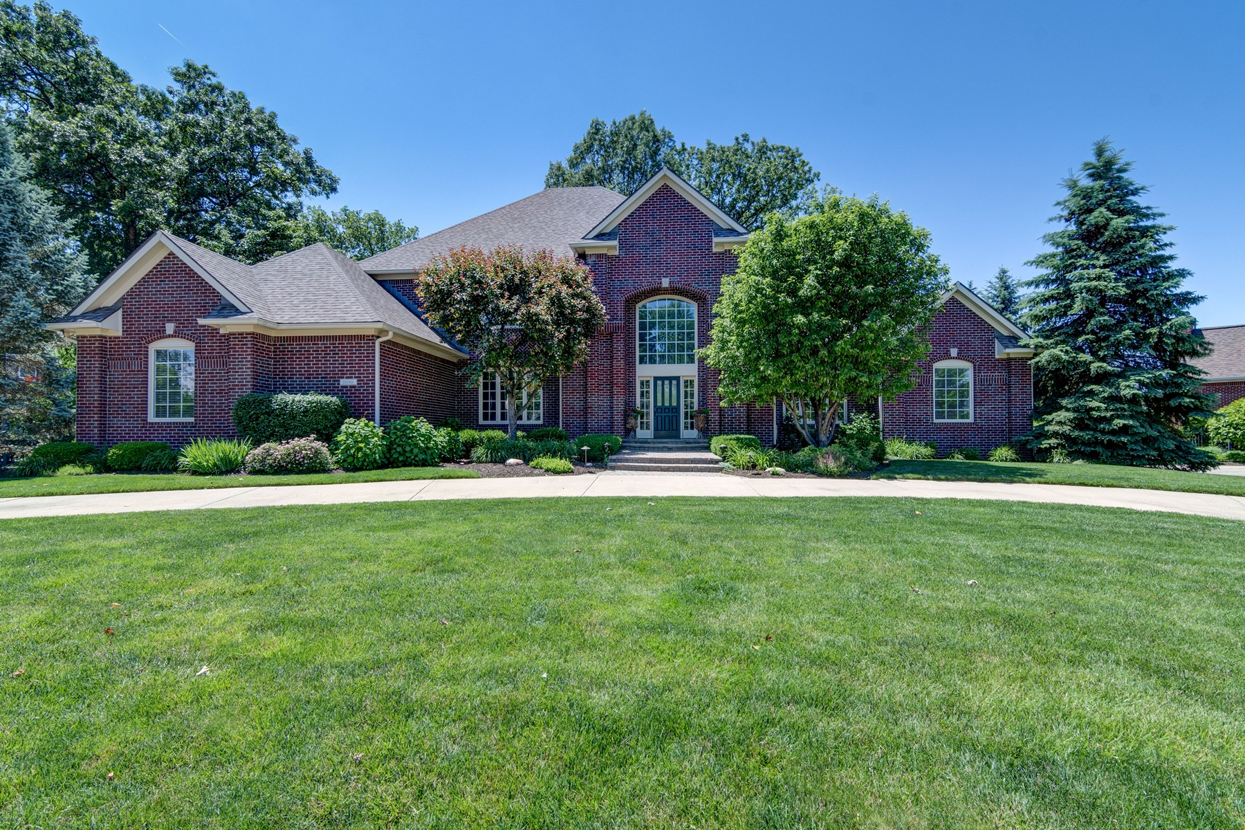 Single Family Home for Sale at Architectural Beauty 10380 High Grove Carmel, Indiana, 46032 United States