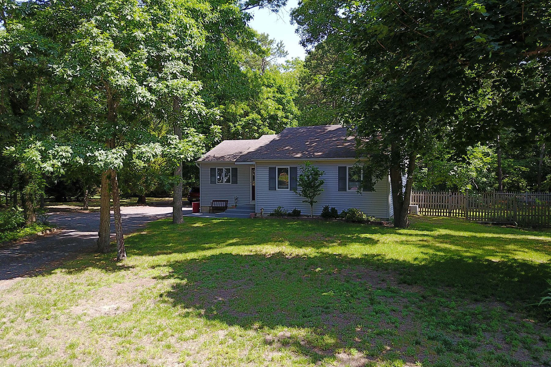 Single Family Home for Sale at Ideal Court House Rancher 112 Aspen Drive, Cape May Court House, New Jersey 08210 United States