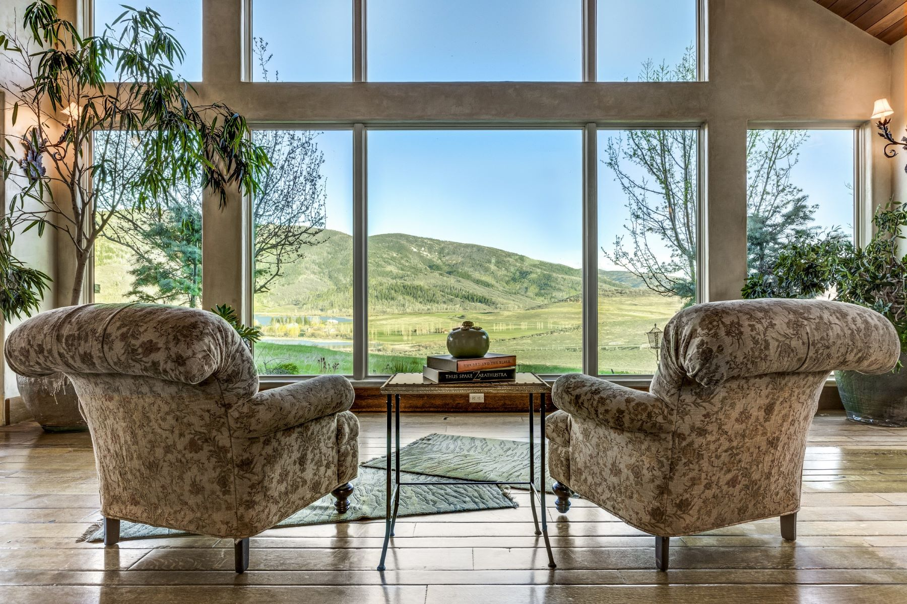 Additional photo for property listing at Lake Catamount Beautiful High-End Design Lake Catamount Home 32120 County Road 14C Steamboat Springs, Colorado 80487 Estados Unidos