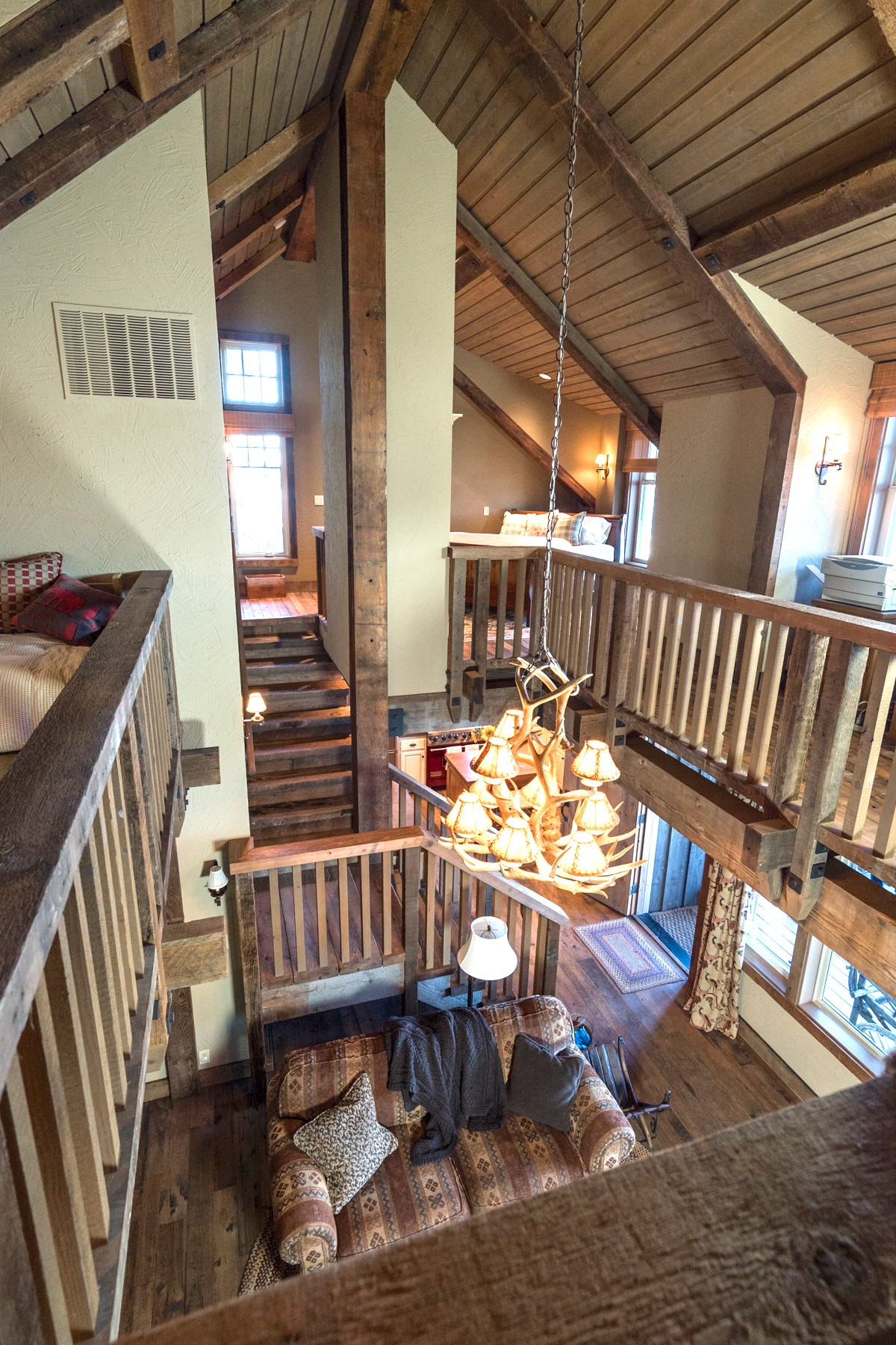 Additional photo for property listing at Quilcene Cabin 85 Hazel Point CT Quilcene, Washington 98376 Estados Unidos