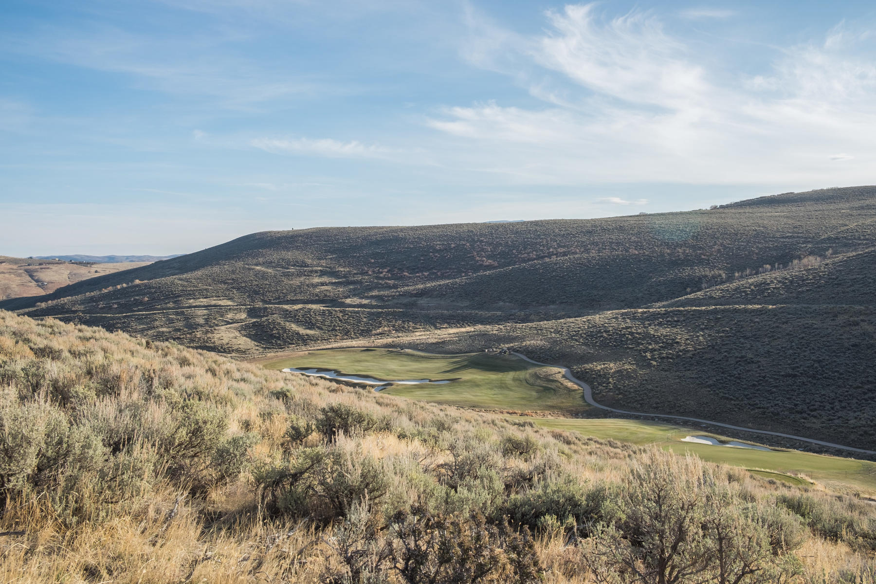 Additional photo for property listing at Great Villa located on the 8th hole of the Jack Nicklaus Signature Golf Course. 6814 Golden Bear Loop Park City, Utah 84098 États-Unis