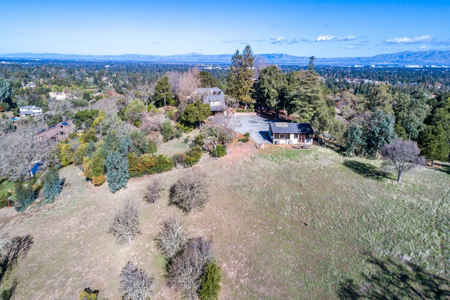 Additional photo for property listing at West Sunset  Los Altos Hills, California 94022 United States