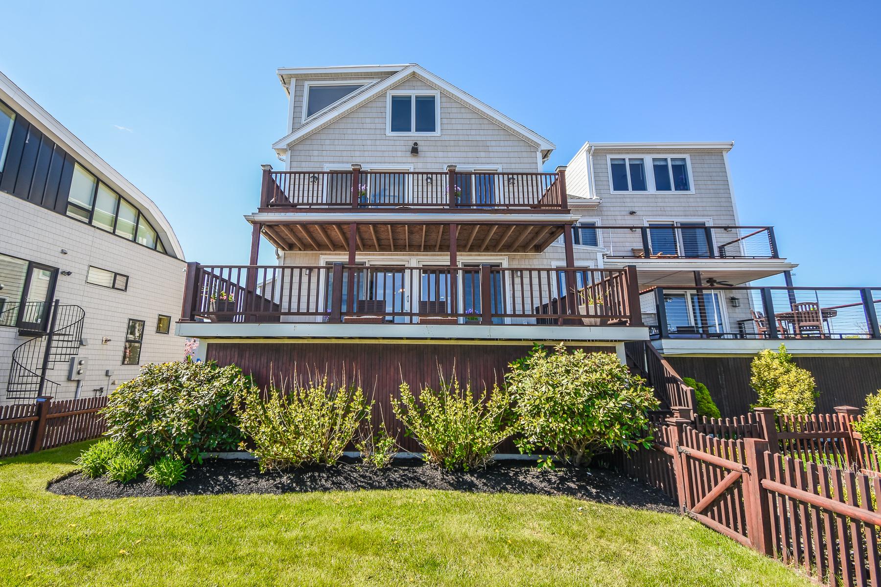 townhouses για την Πώληση στο Panoramic Ocean Views and steps to beach! 15 Ocean Pier Avenue, Revere, Μασαχουσετη 02151 Ηνωμένες Πολιτείες