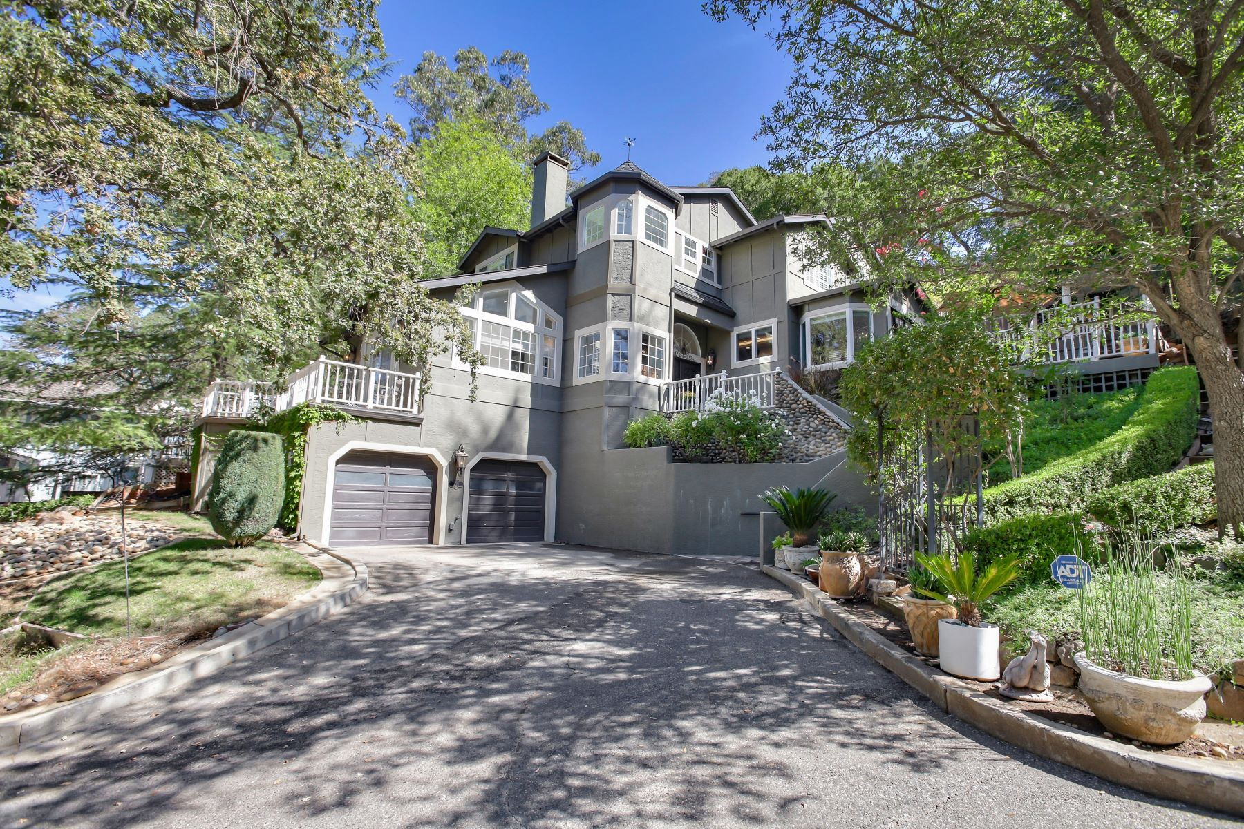 Single Family Homes for Active at Stunning Los Gatos Downtown Home! 155 College Avenue Los Gatos, California 95030 United States