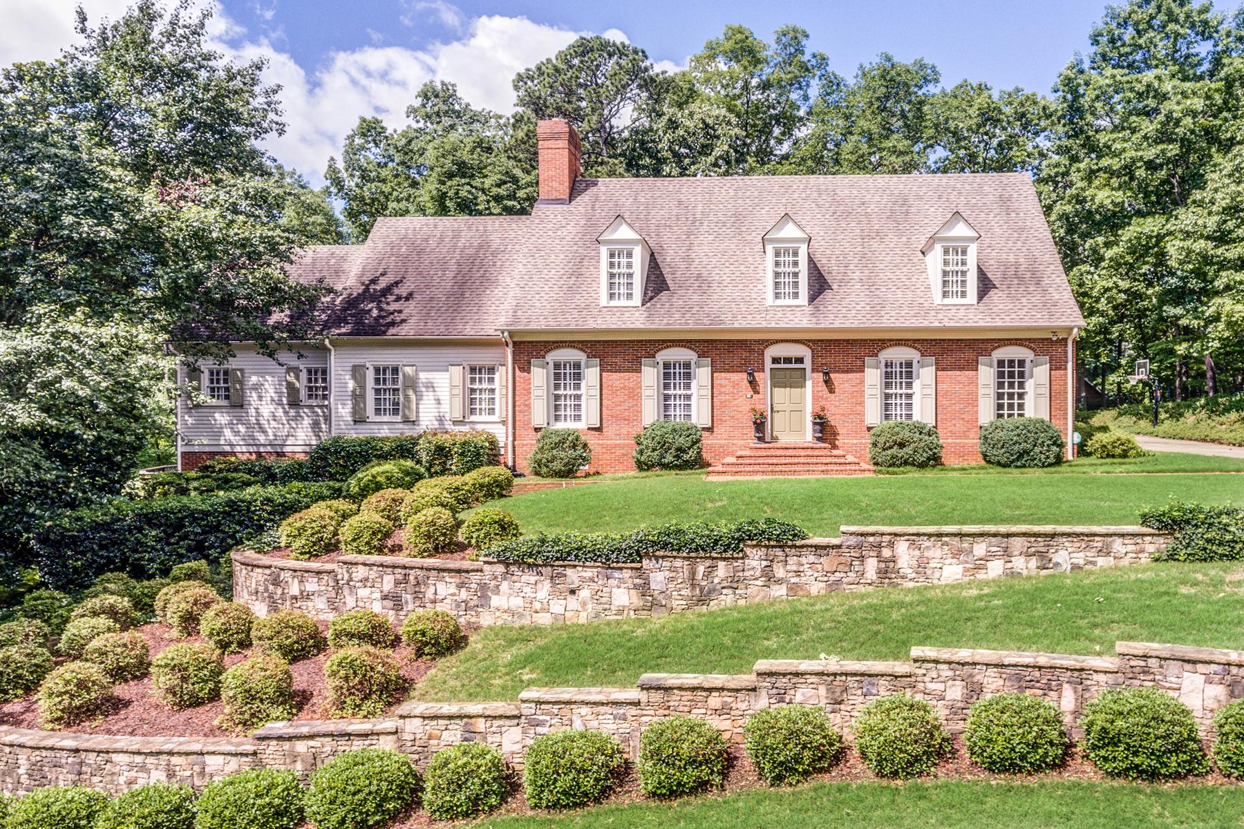 단독 가정 주택 용 매매 에 Beautifully Sited, Well Built And Maintained Home On Over An Acre 5300 Woodridge Forest Trail Sandy Springs, 조지아, 30327 미국