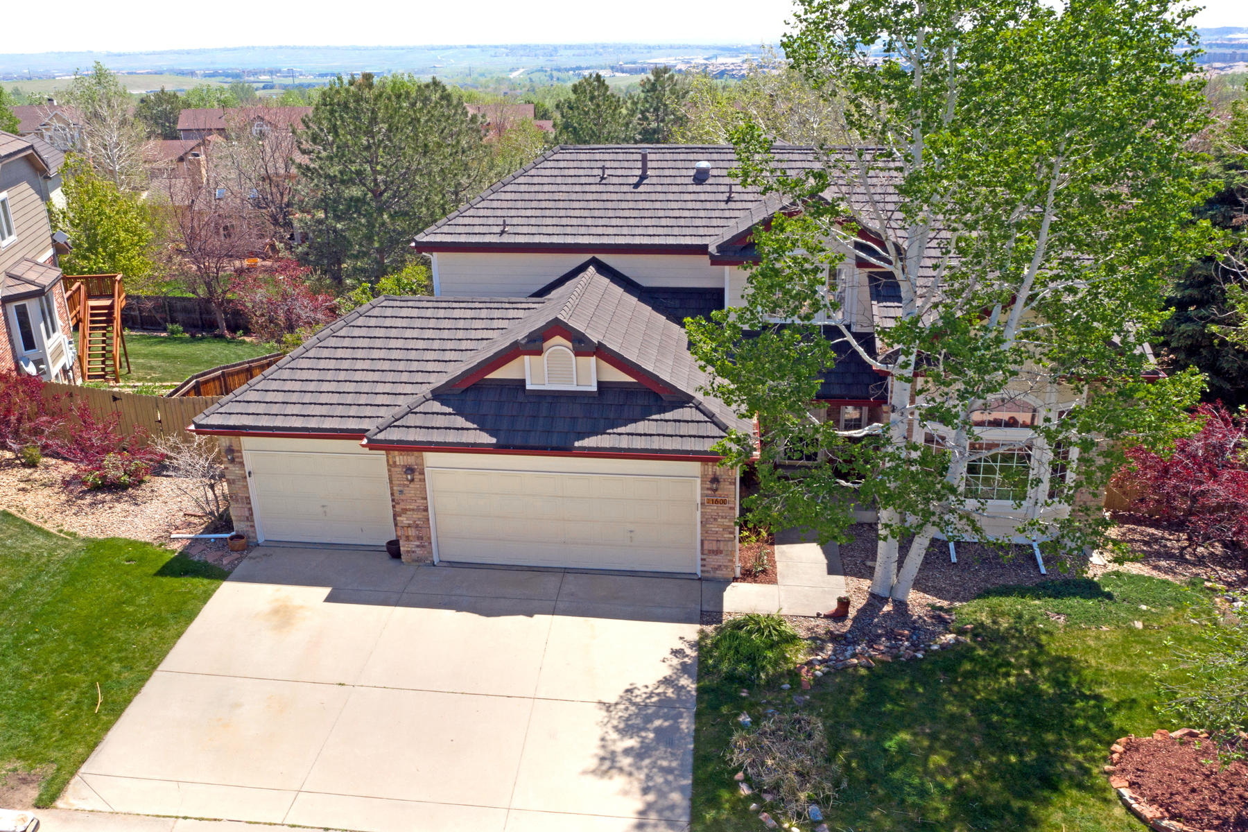 Single Family Homes for Sale at A Beautiful Rock Creek Treasure 1600 Masters Ct Superior, Colorado 80027 United States