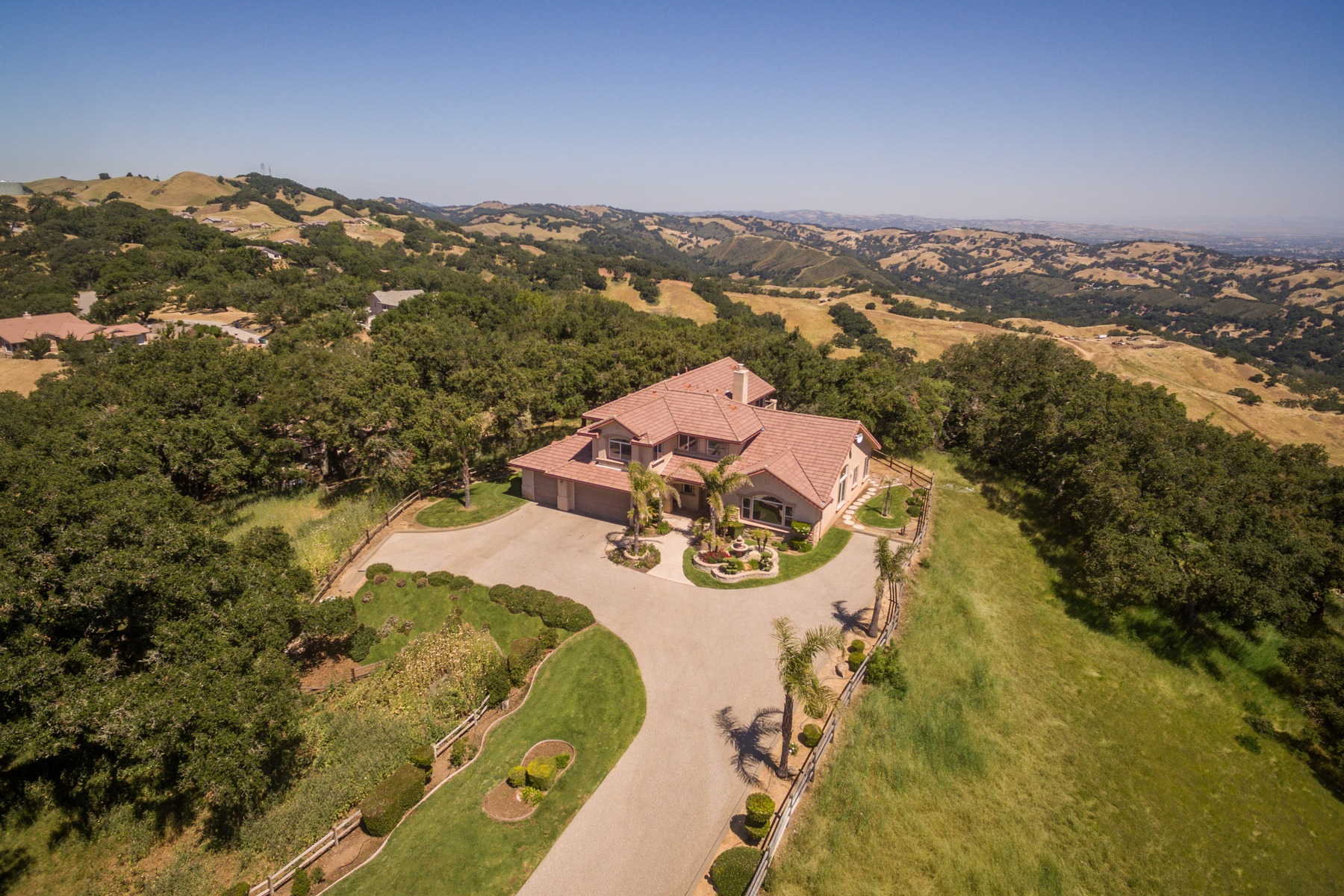 Single Family Home for Sale at Private Hilltop Escape 12275 San Marcos Rd Atascadero, California 93422 United States