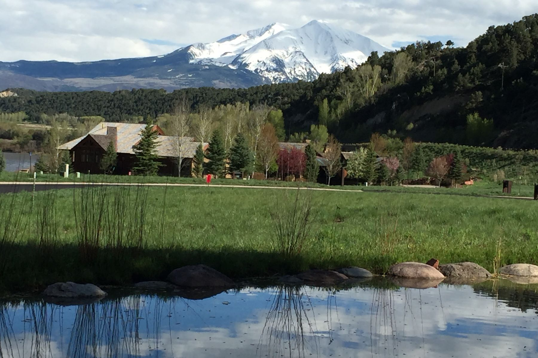 Land for Active at Great Building Lot 79 Golden Stone Drive Carbondale, Colorado 81623 United States