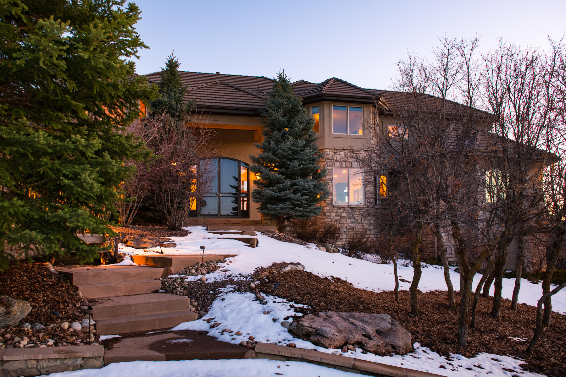 Single Family Homes for Sale at Life here is grand! Welcome home to this gated scenic 70+ acre equestrian estate 2056 Elk View Road Larkspur, Colorado 80118 United States