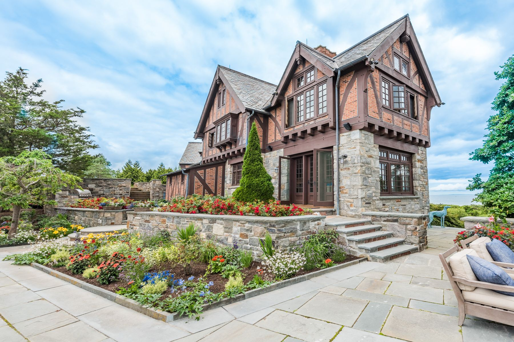 Additional photo for property listing at The Timbers 19-23 Ocean View Highway Westerly, Rhode Island 02891 United States