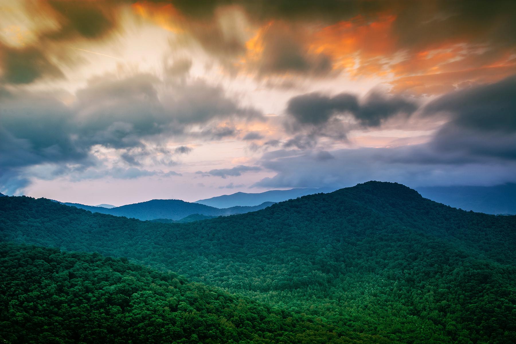 Land for Active at RIVER MOUNTAIN ESTATES Lot 14 Red Oak Dr Elk Park, North Carolina 28622 United States