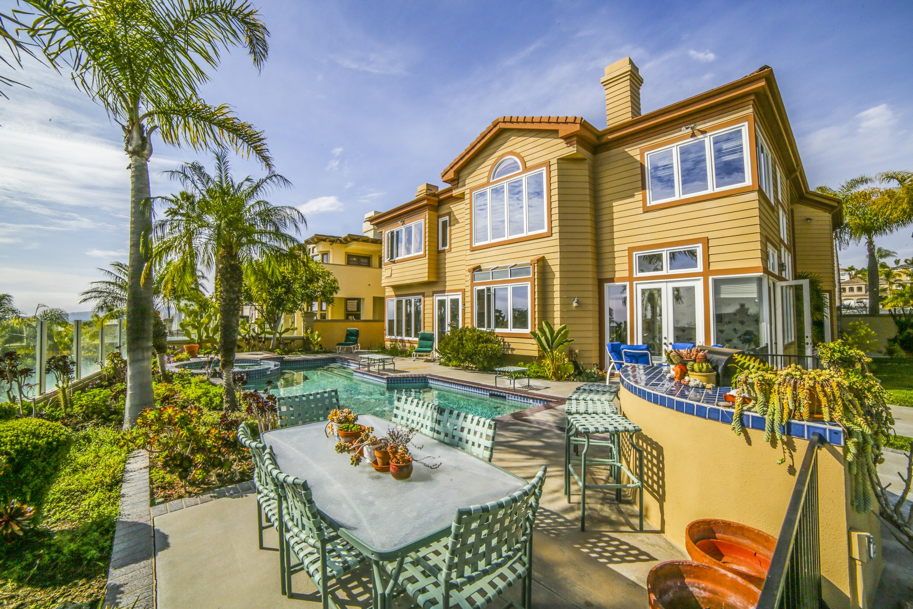 Single Family Home for Sale at 36 Newcastle Ln. 36 Newcastle Ln. Laguna Niguel, California 92677 United States
