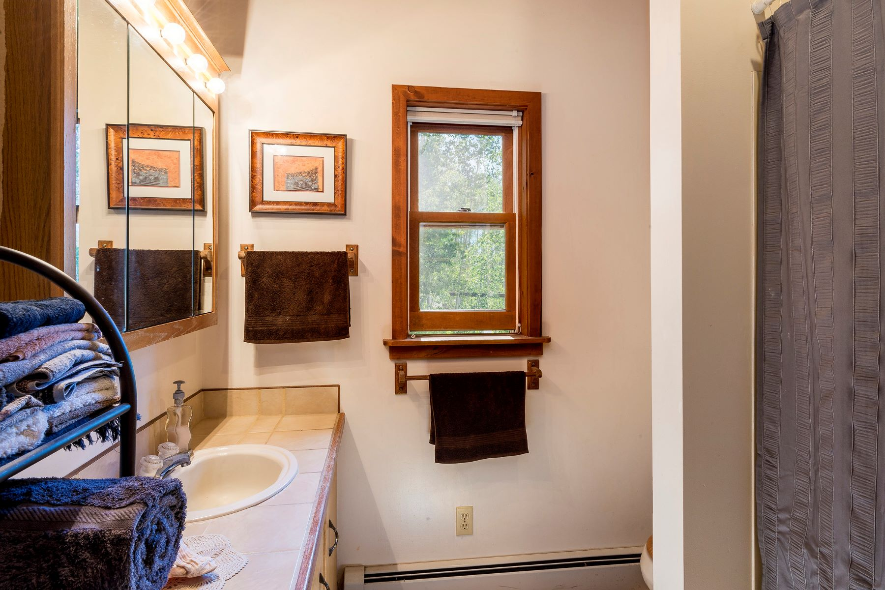 Additional photo for property listing at Beyond Just a Cabin in the Woods, Steamboat Springs Colorado 25065 Aspen Way Clark, Colorado 80428 États-Unis