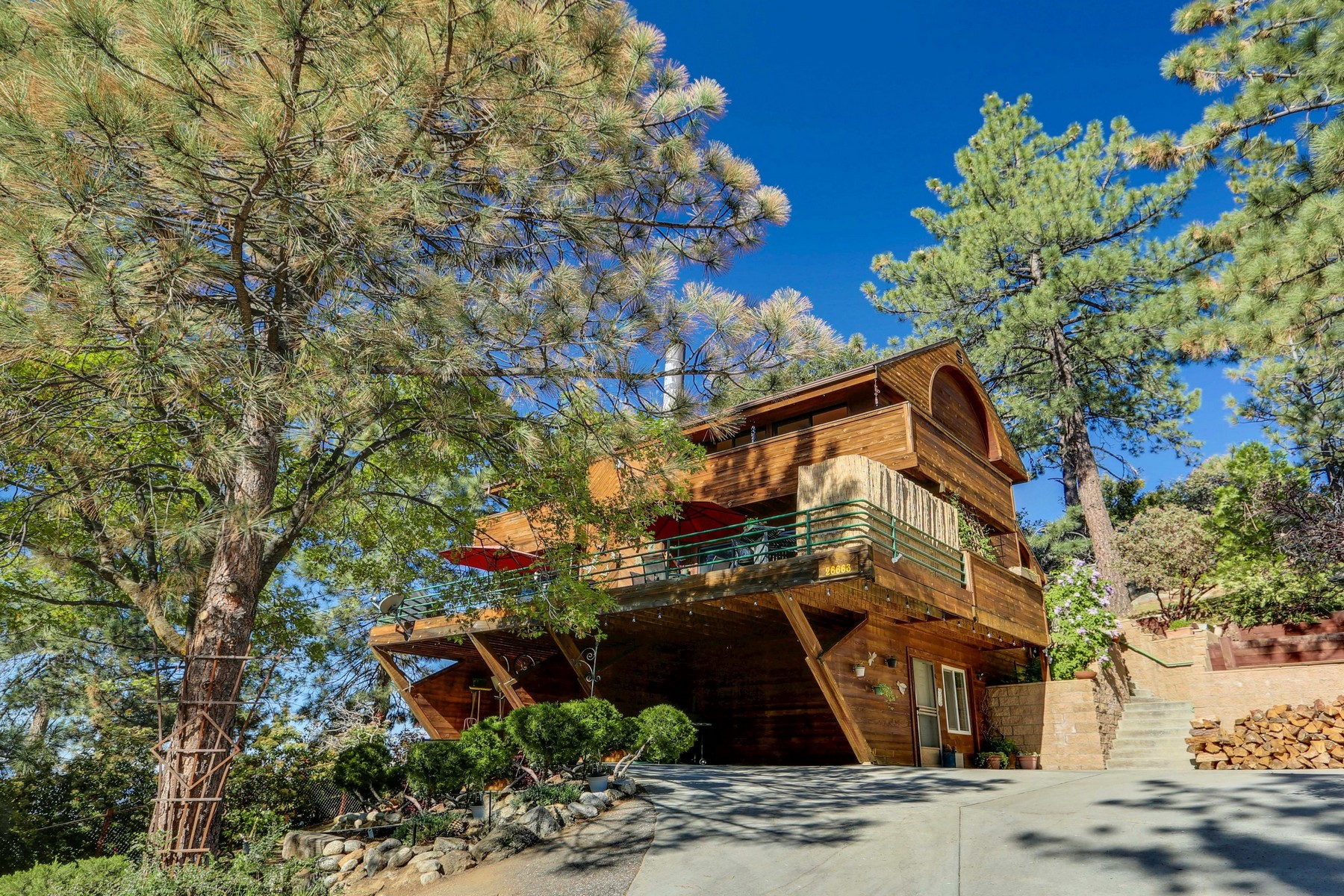 Single Family Home for Sale at 26663 Hide A Lane Idyllwild, California 92549 United States