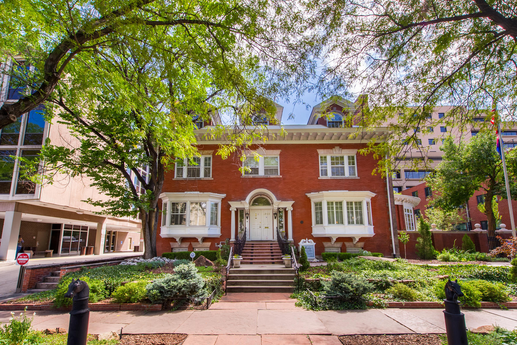 Single Family Home for Sale at Historic Denver Landmark! 1350 n Logan Street Denver, Colorado 80203 United States