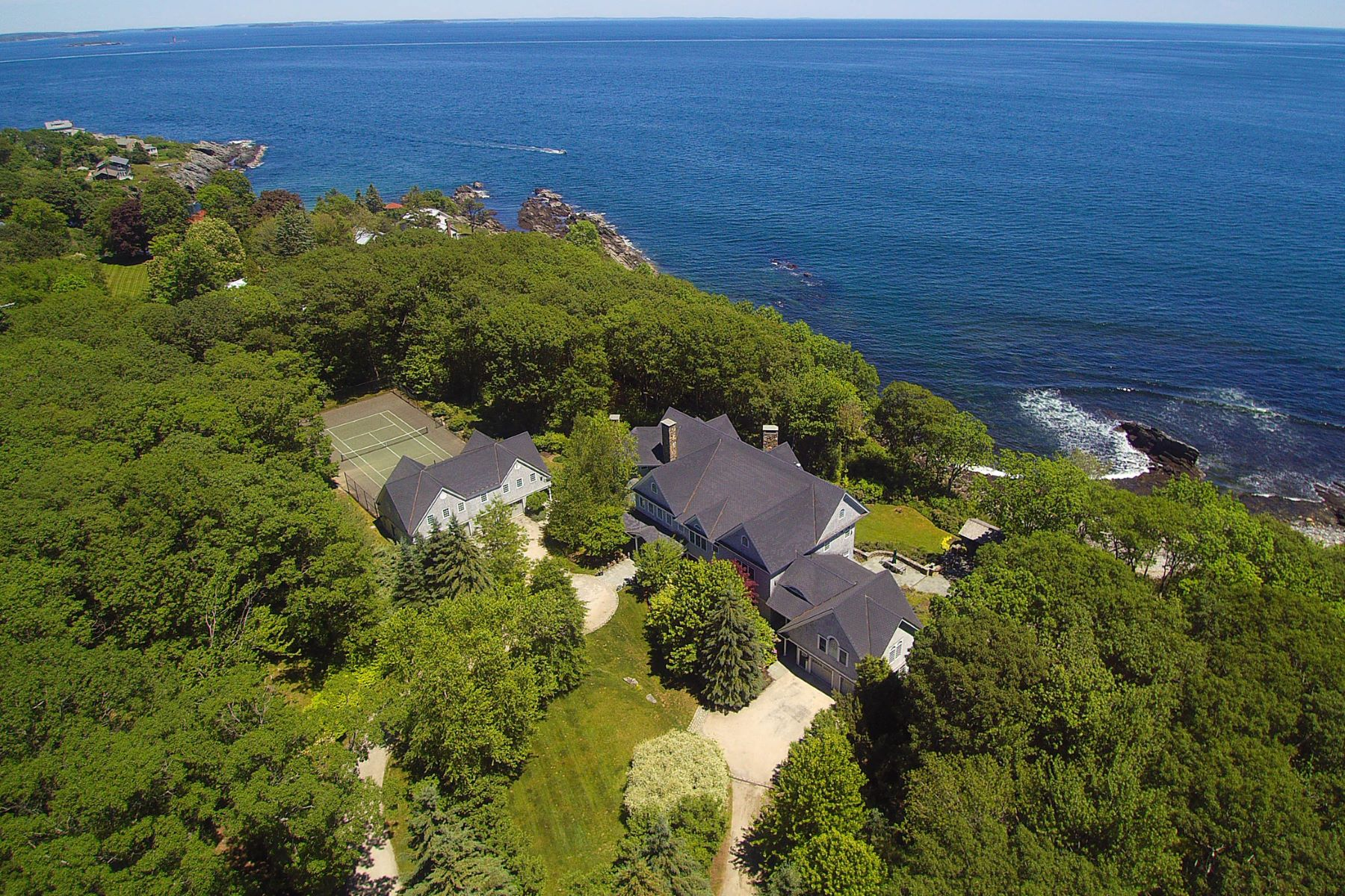 Single Family Home for Sale at 1172 Shore Road Cape Elizabeth, Maine 04107 United States
