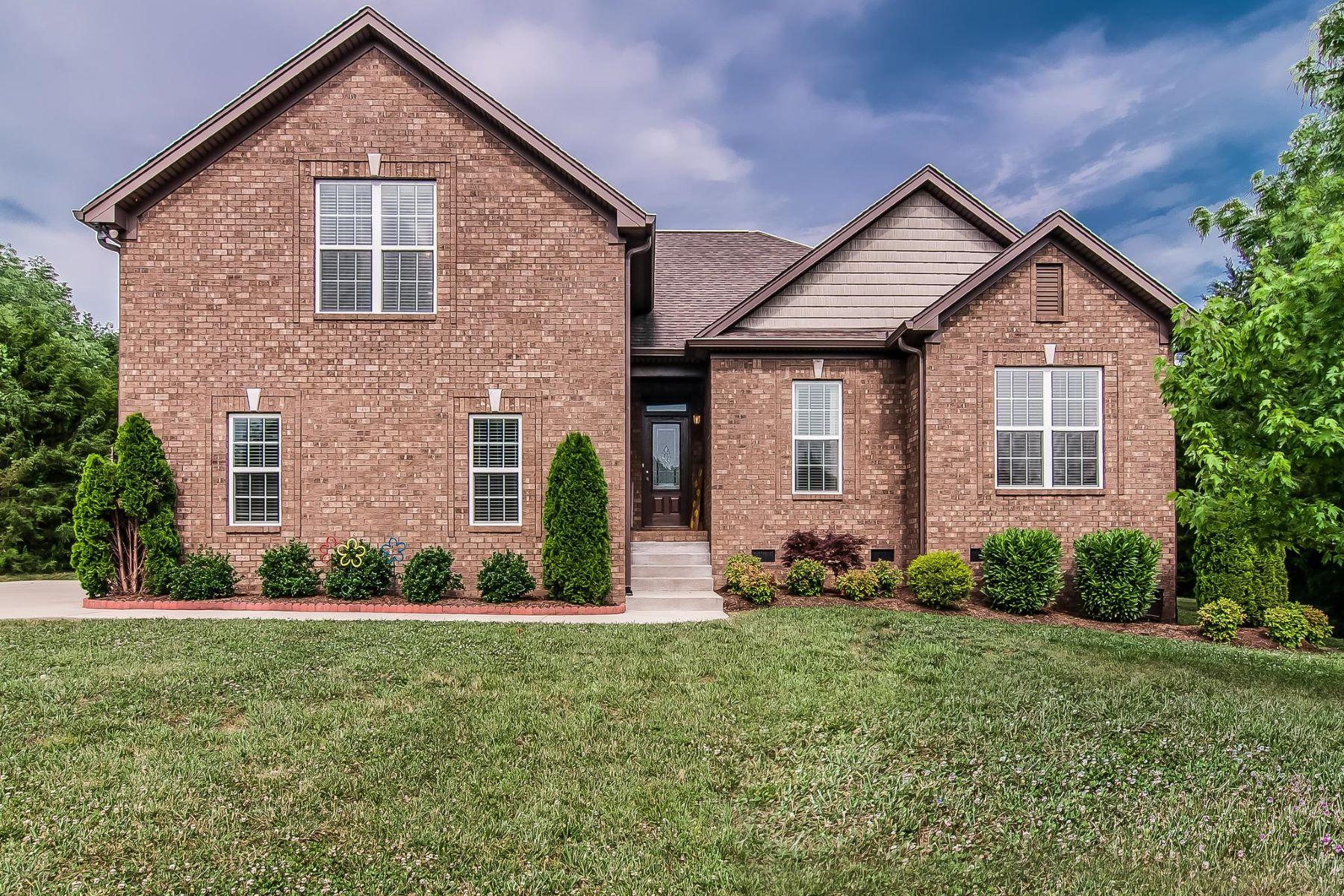 Single Family Homes für Verkauf beim Mount Juliet, Tennessee 37122 Vereinigte Staaten