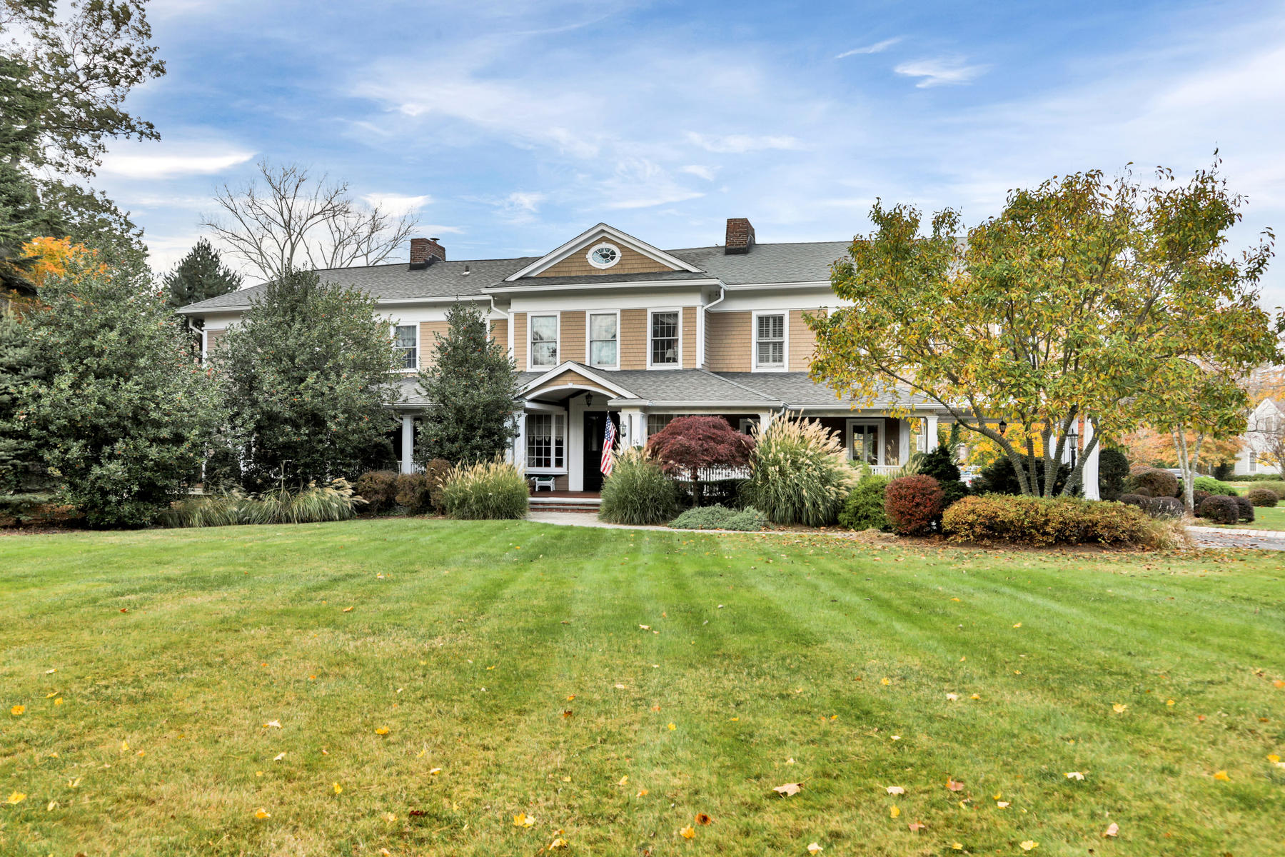 Single Family Homes for Sale at A Rare Gem In The Heart of Rumson 14 Hartshorne Lane Rumson, New Jersey 07760 United States
